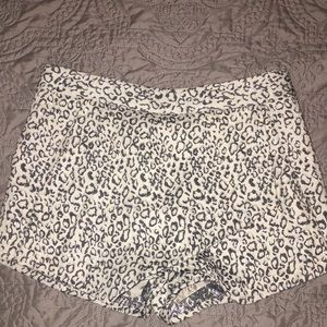 Express Ivory and Gray Leopard Print Skort